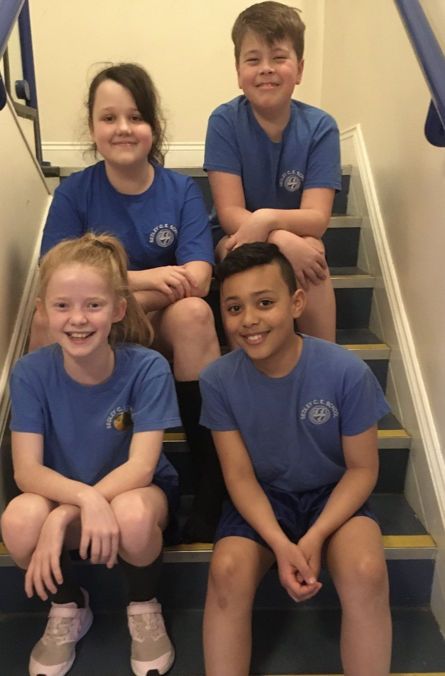 The House Team Captain are: Libby for Water, Ronnie for Earth, Ryan for Fire and Daisy for Lightening.