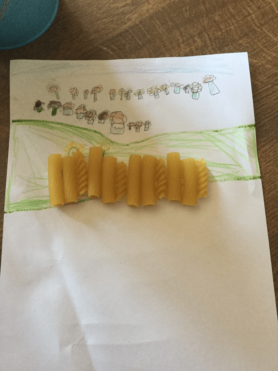 This is Ferne's repeating pattern using pasta.