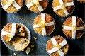 hot cross buns.jpg