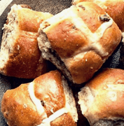 Hot cross buns.png