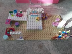 Lego Challenge (Mia from Lego Friends bedroom )