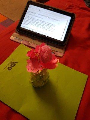 Haniya's paper flower
