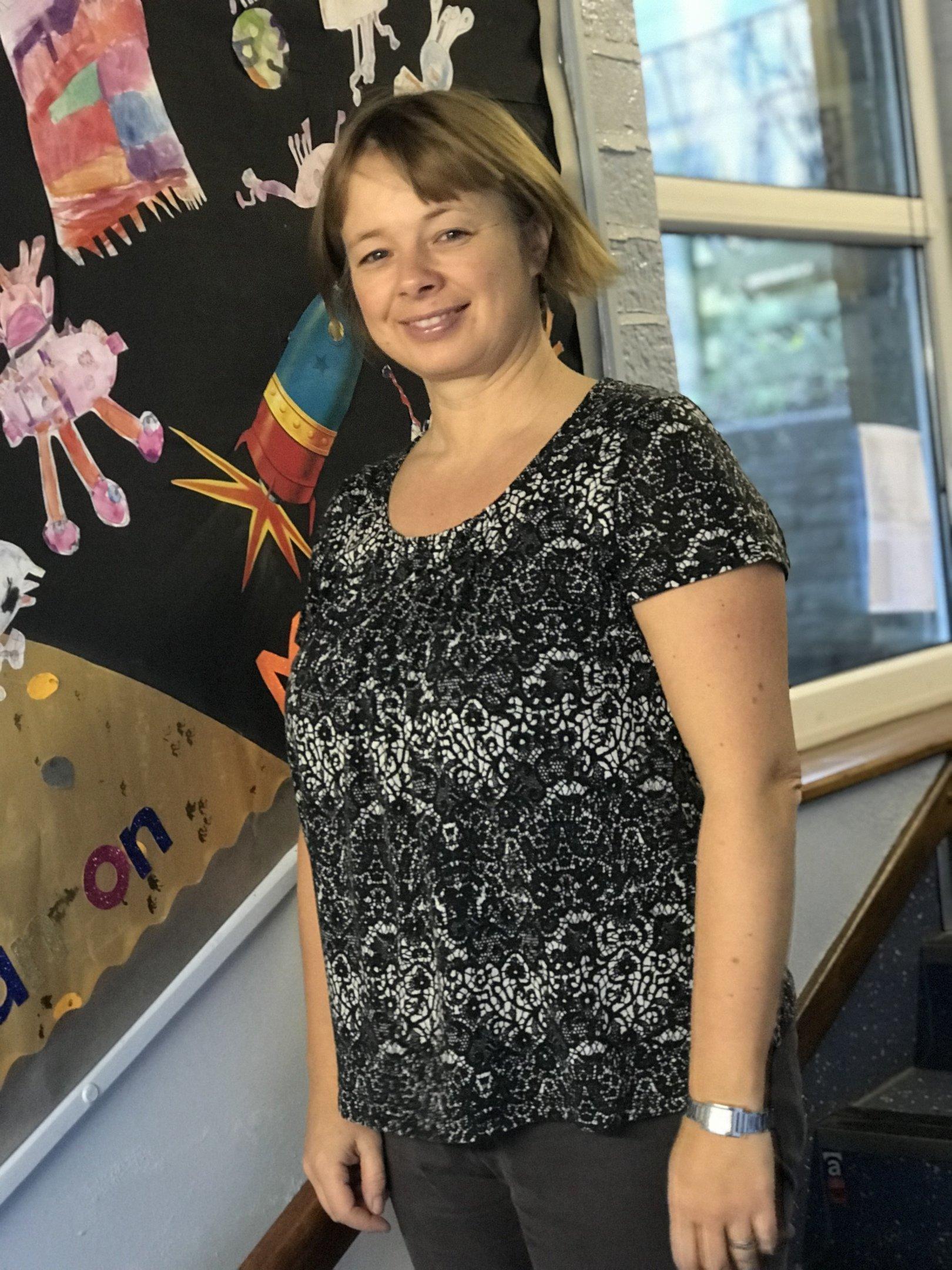 Mrs Natasha Rennoldson