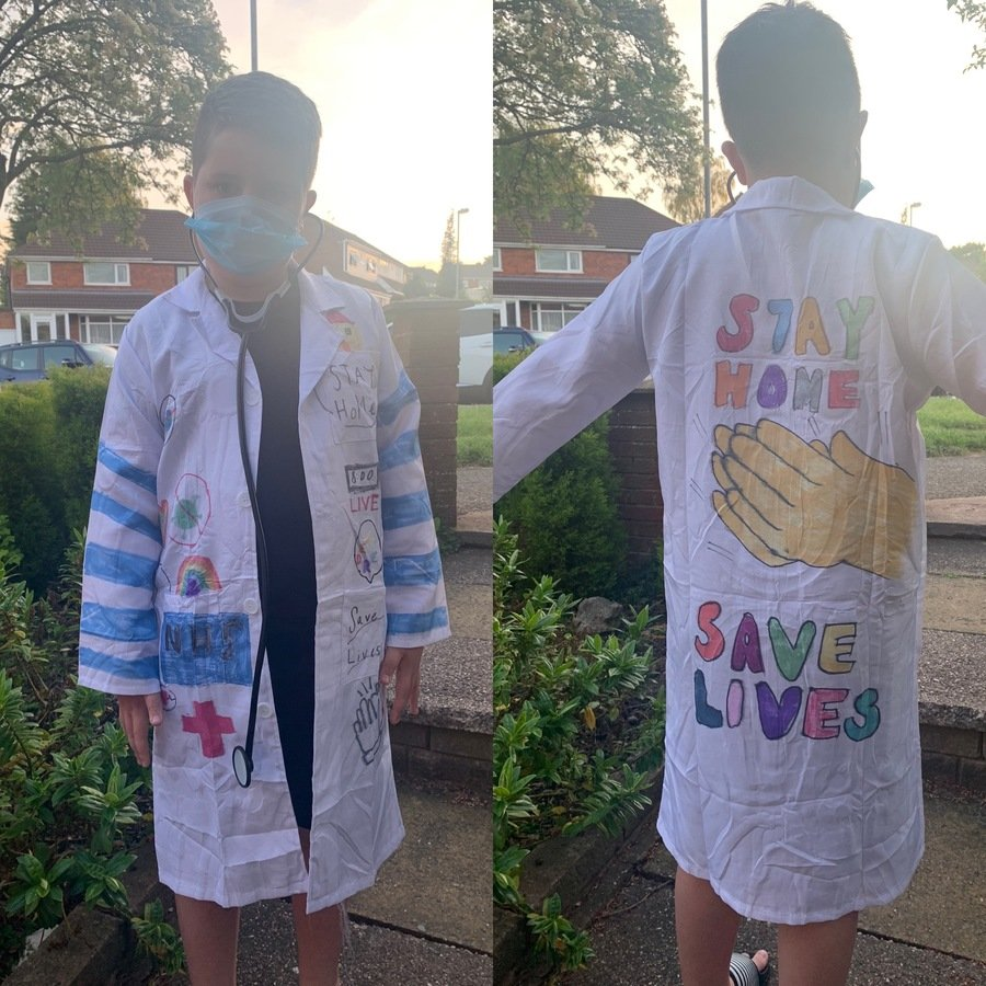 Dexter created his own Doctor's coat to show his support when clapping!