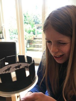 Scarlett made a zoetrope