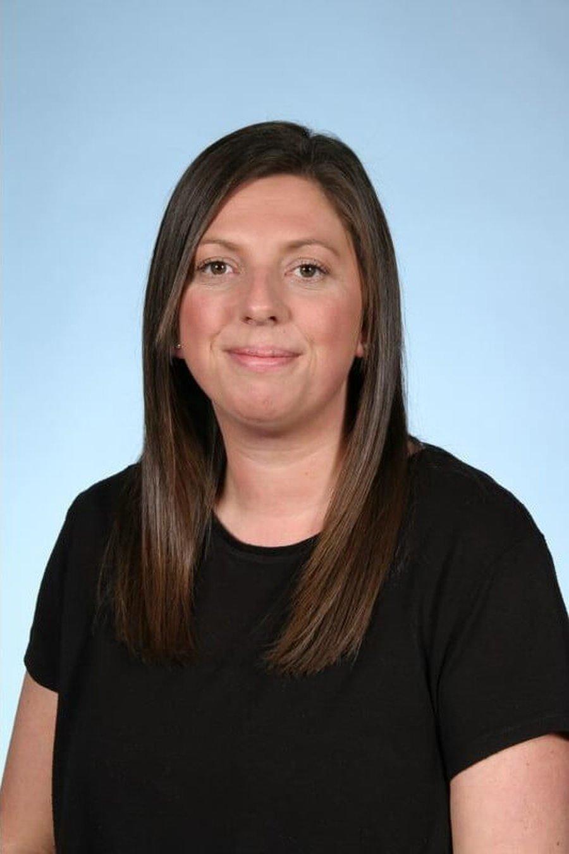 Mrs Brookes <br />Midday Supervisor