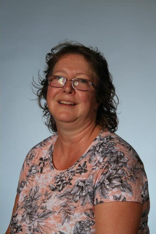 Mrs McCann <br />Midday Supervisor