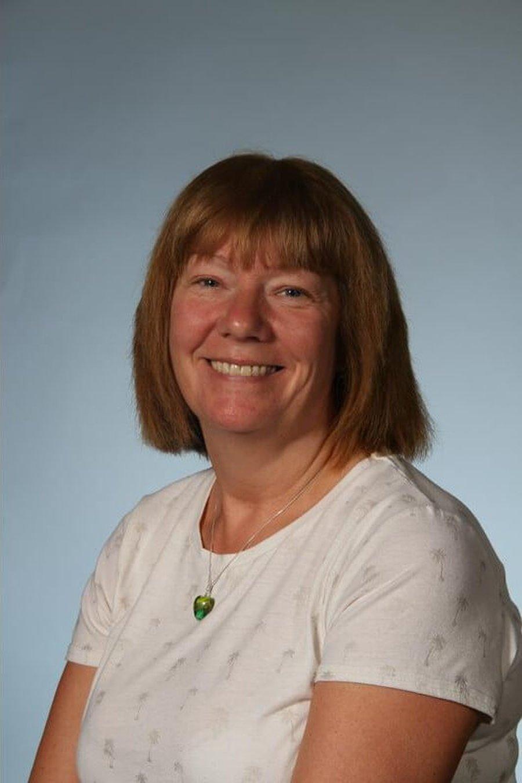 Mrs Thornhill <br />Midday Supervisor