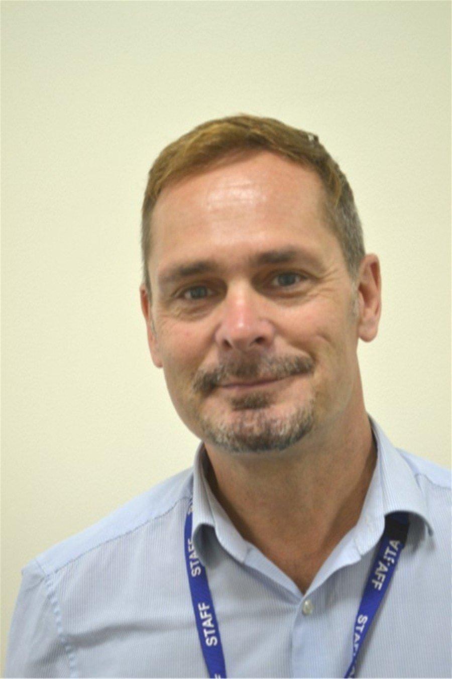 Mr J Hemming