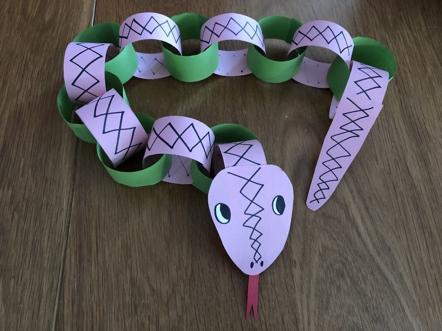 Paper Chain Snake Decorated