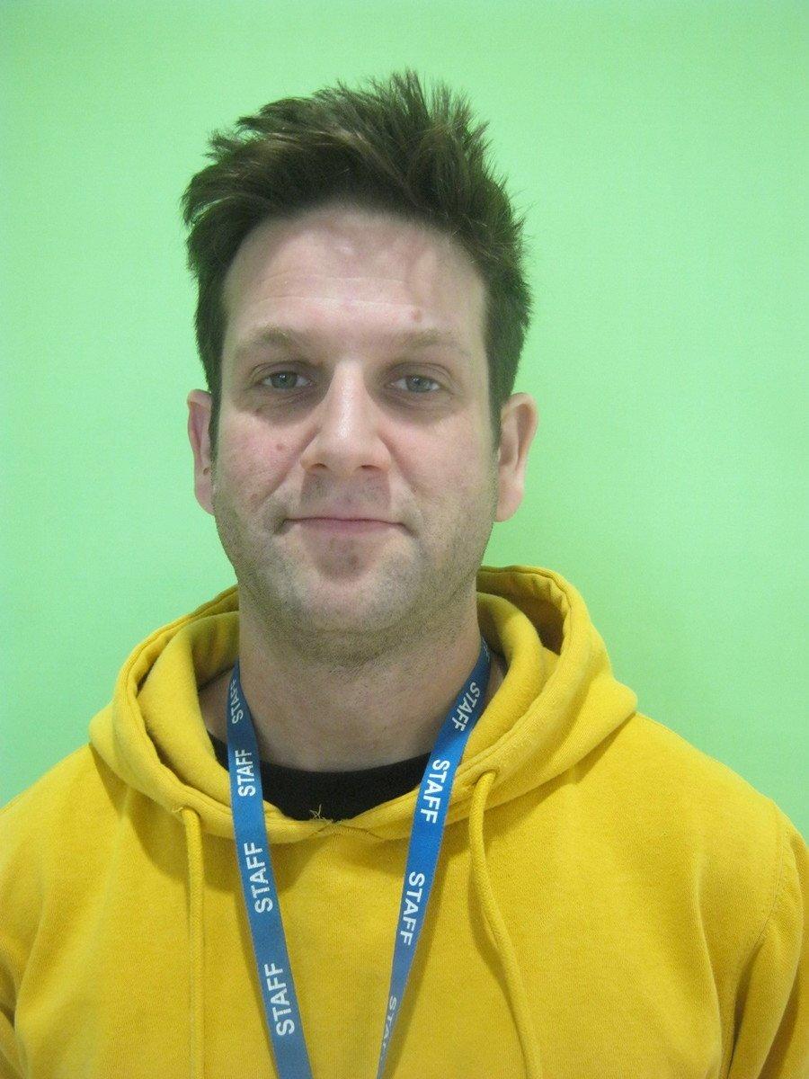 Tony Samuels</br>Teaching Assistant