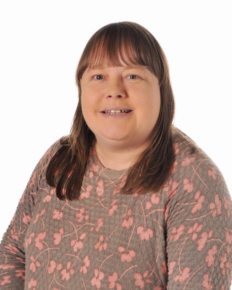 Mrs J Hilton