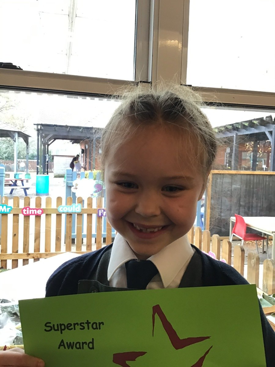Well done to our Class Superstar and Headteacher Superstar this week.