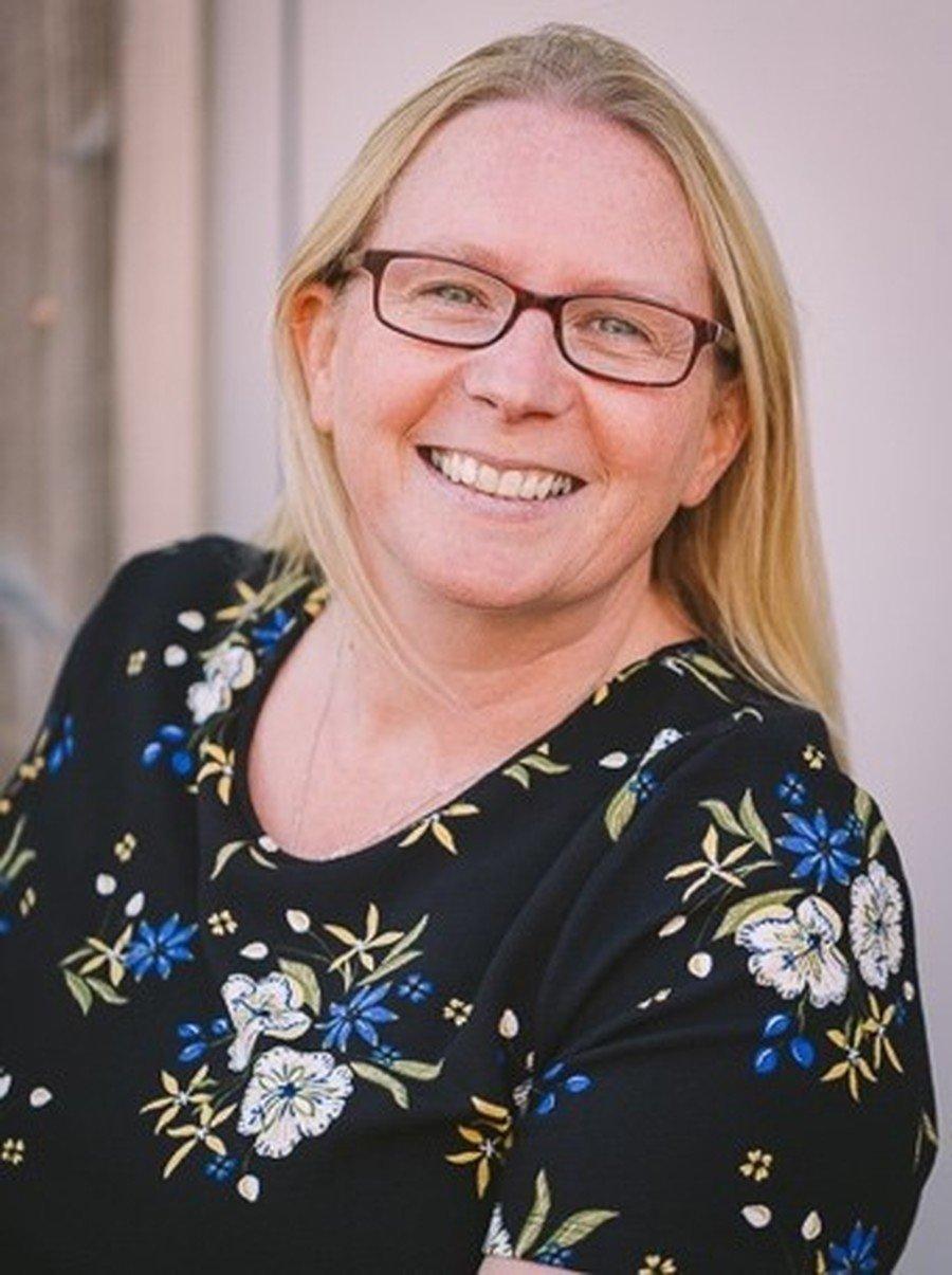 Mrs Davis - HLTA