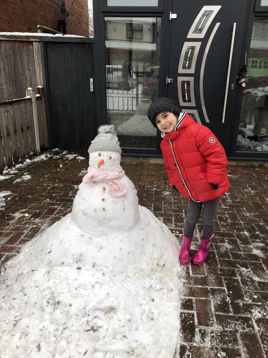 Have fun in the snow children!