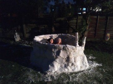 Noah snow 3.jpg