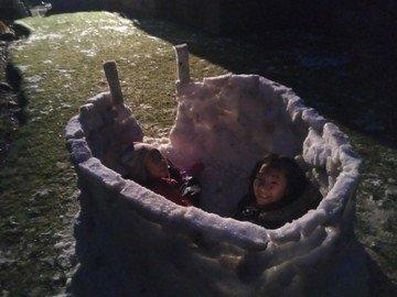 Noah snow 2.jpg
