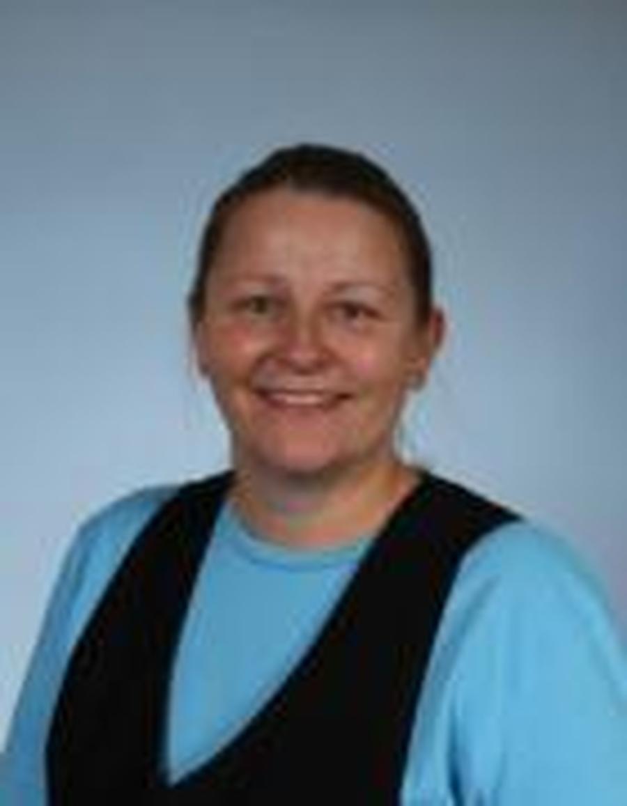 Mrs Martin <br/> Midday Supervisor
