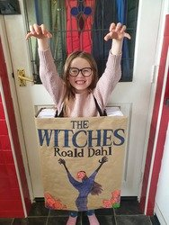 River dressed up as the Witches book!