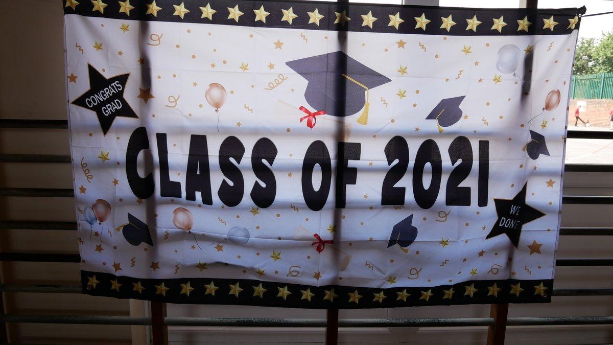 Class of 21.JPG