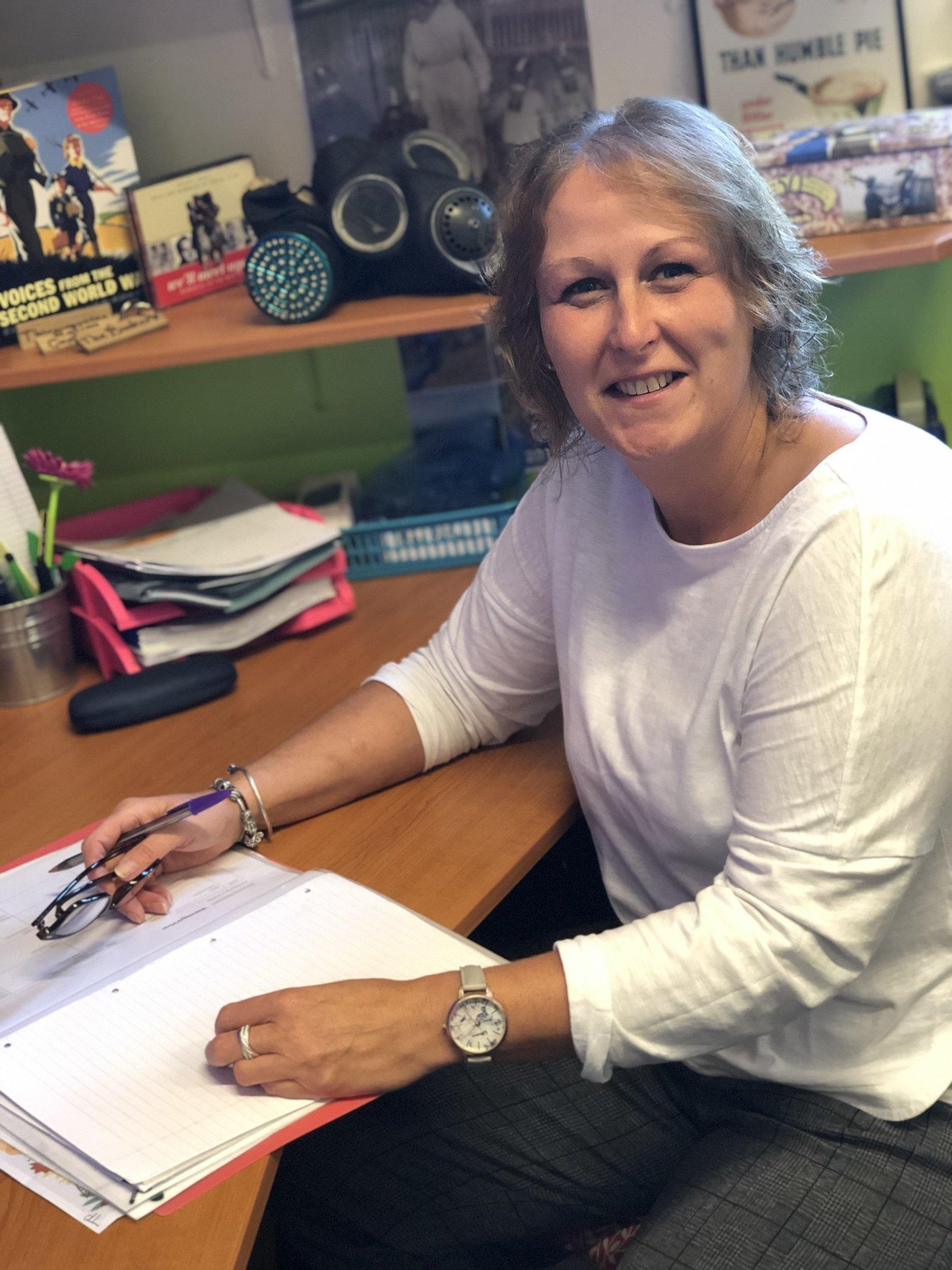 Miss Tina Pollard