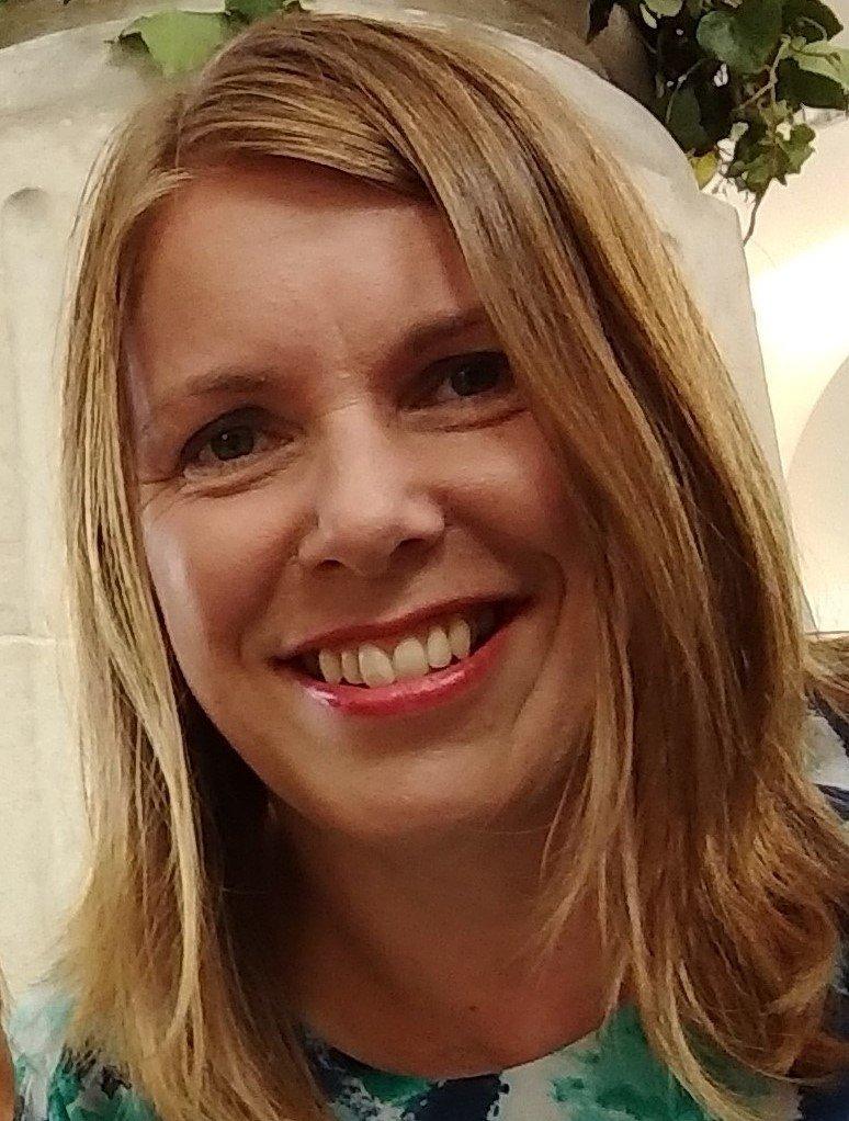 Dr Anja Dalton
