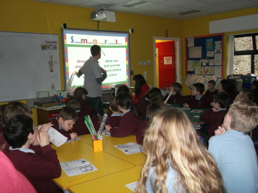 P5/6/7 learning about internet safety from the people at iClick
