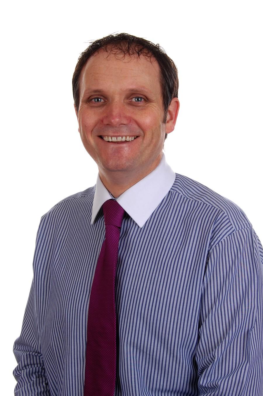 Mr Damian Mc Guckian