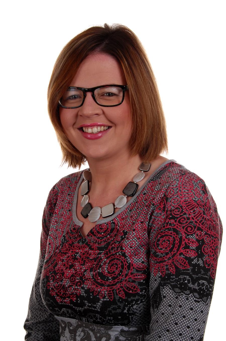 Mrs Lisa McGrath