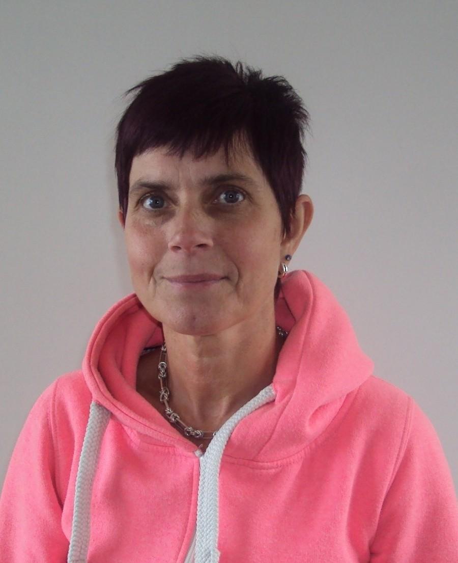 Mrs D Elliott