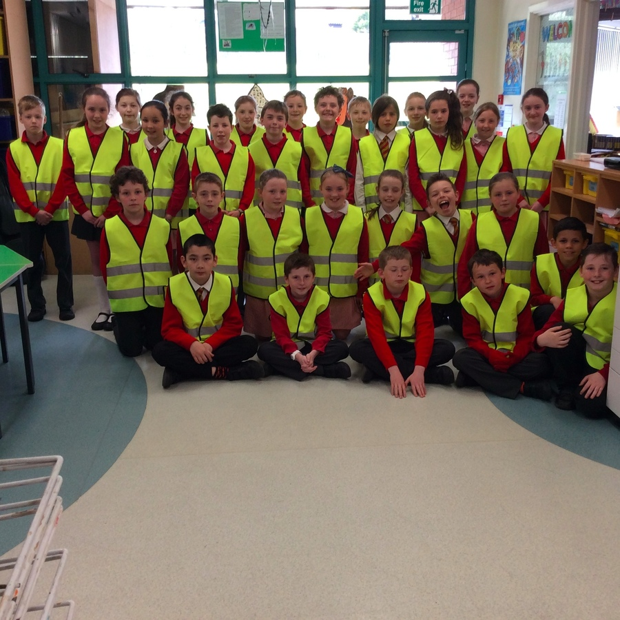 Don't the Primary 6T children look eye catching in their new jackets?