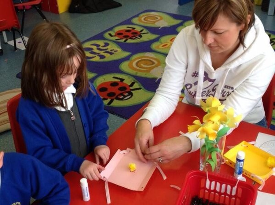 Each term, Mr McGoldrick holds a parent activity afternoon for Reception.  This is usually tied in with an aspect of the liturgical year.