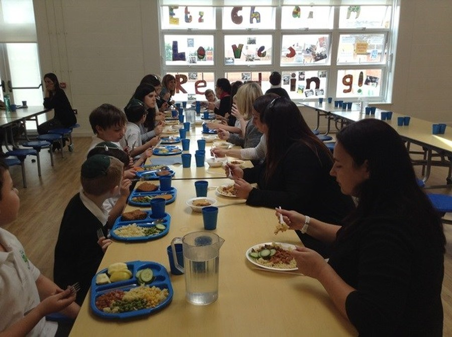 Year 2's Parent Lunch 2015