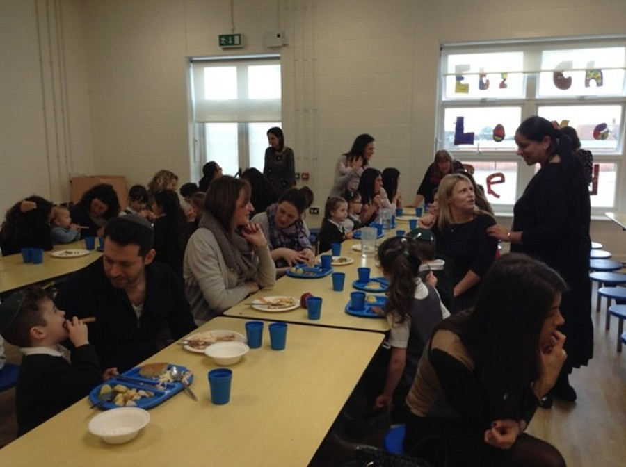 Year 1's Parent Lunch 2015