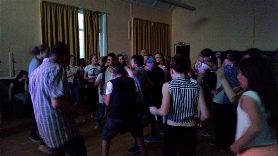 Filling the dancefloor with Y6 moves...