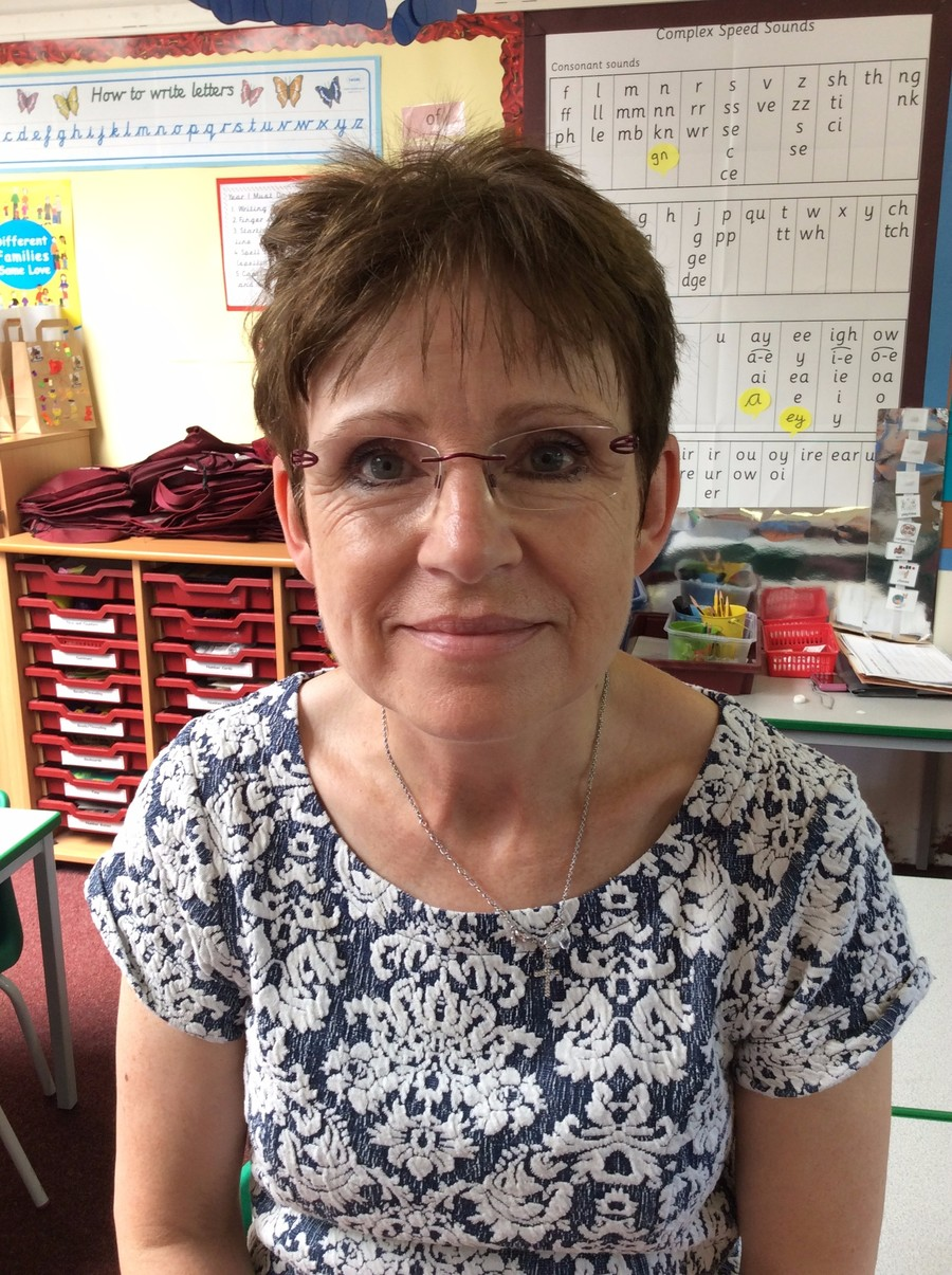 Mrs Linda Norris- behaviour and nurture teaching assistant