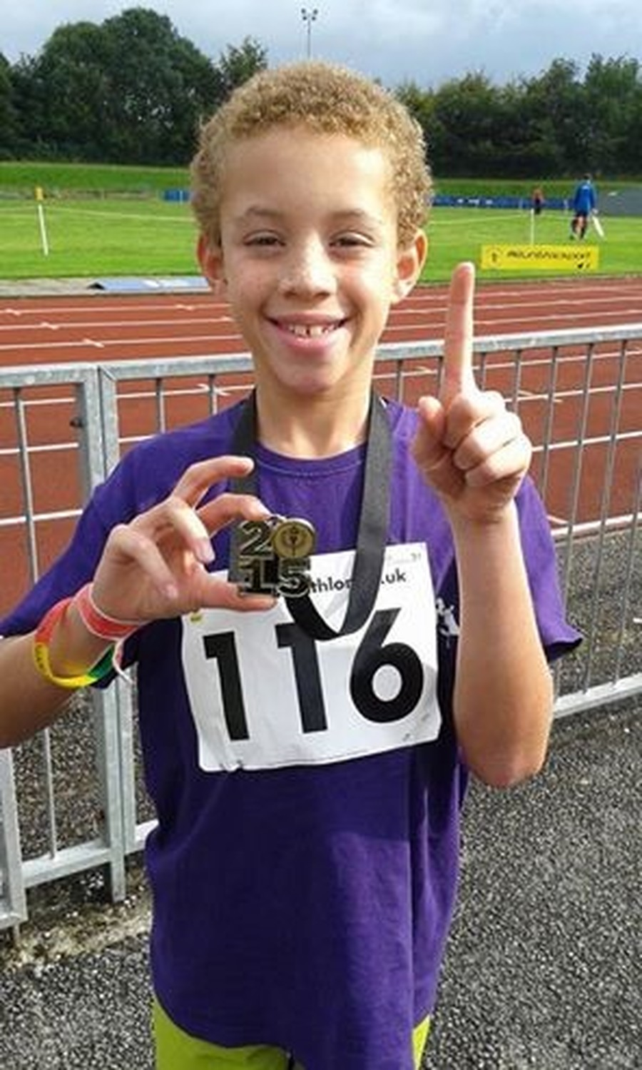 Congratulations to Lucas who won a gold medal at the outdoor under 9's Boys Quadrathlon event. He has also won special recognition trophy from Oldham Rockets Athletic Club. Lucas has also won Gold in each of the two outdoor events he has entered and a silver at the indoor. Well done Lucas keep up the hard work.