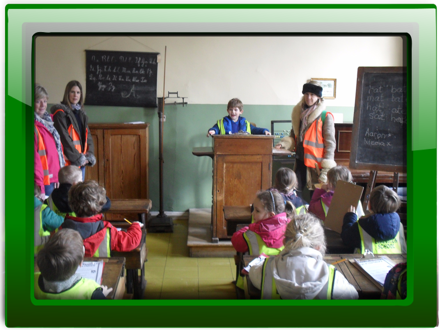 Click on the picture to discover more about our trip to Hartlebury Museum.