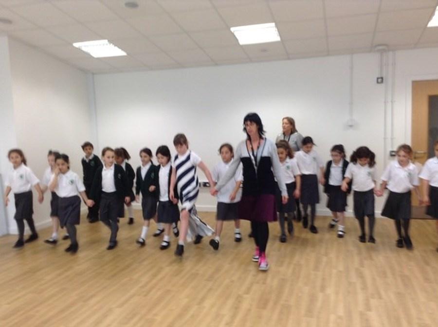 Israeli Dance Club