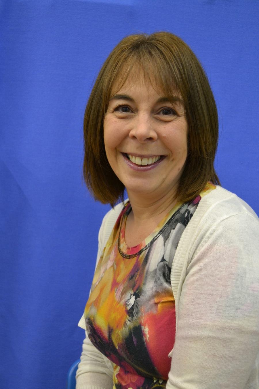 Mrs N Griffiths