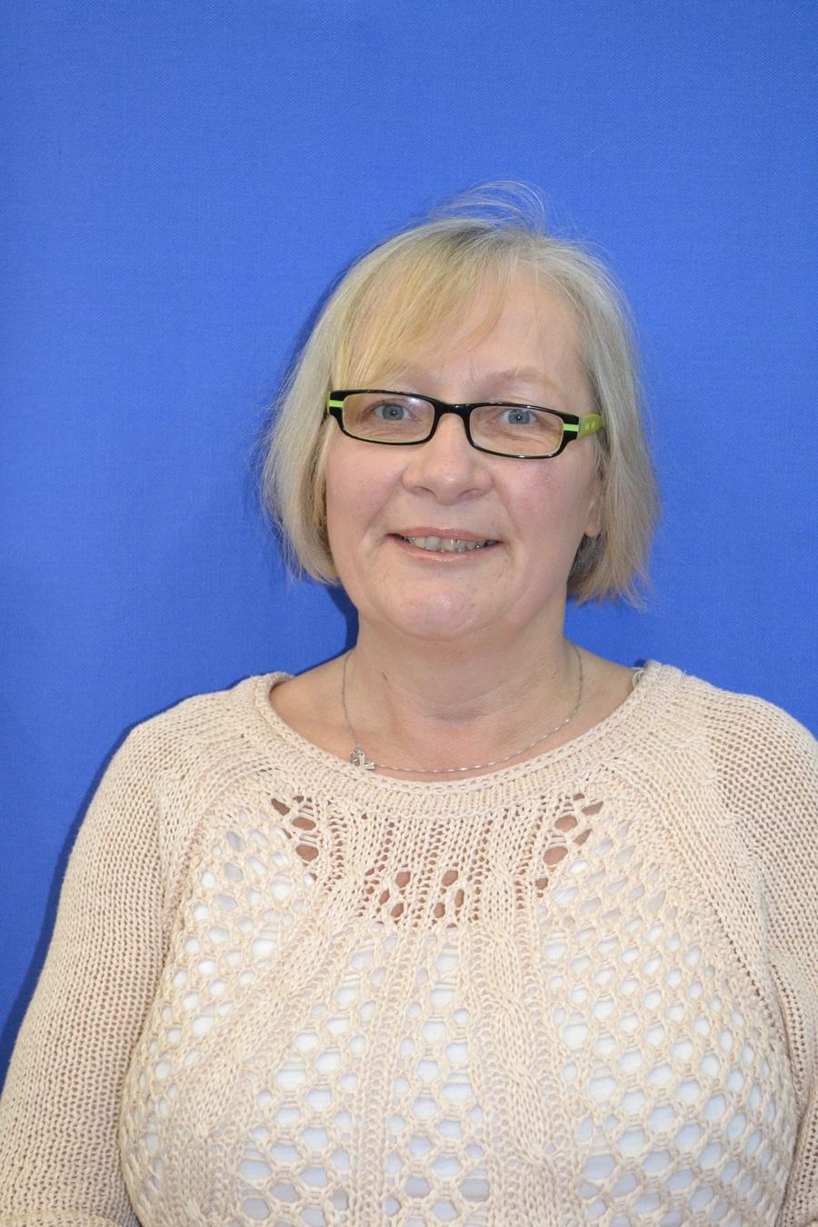 Mrs L Collins - Teaching Assistant