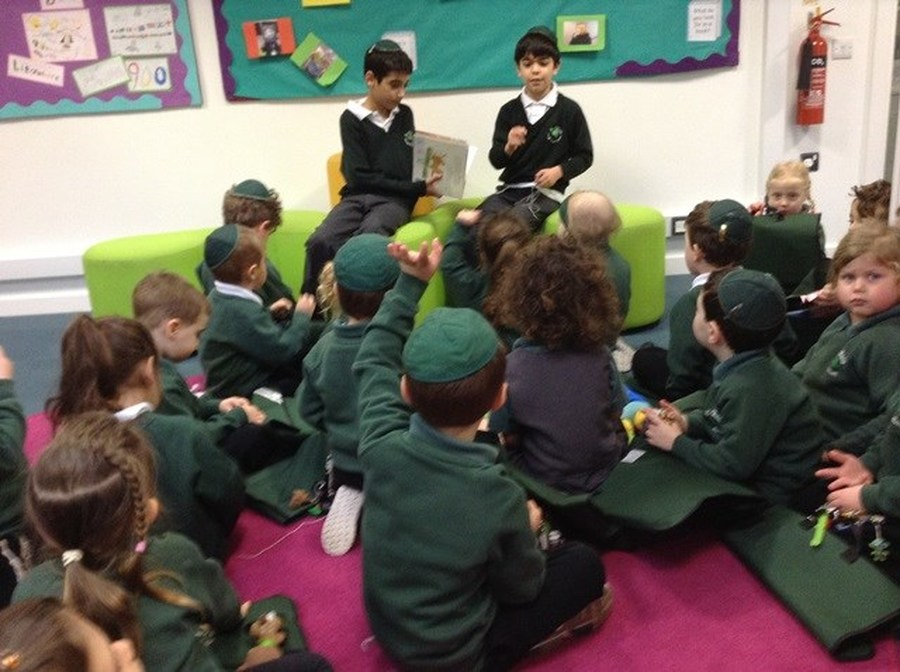 Year 4 Reading to Nursery