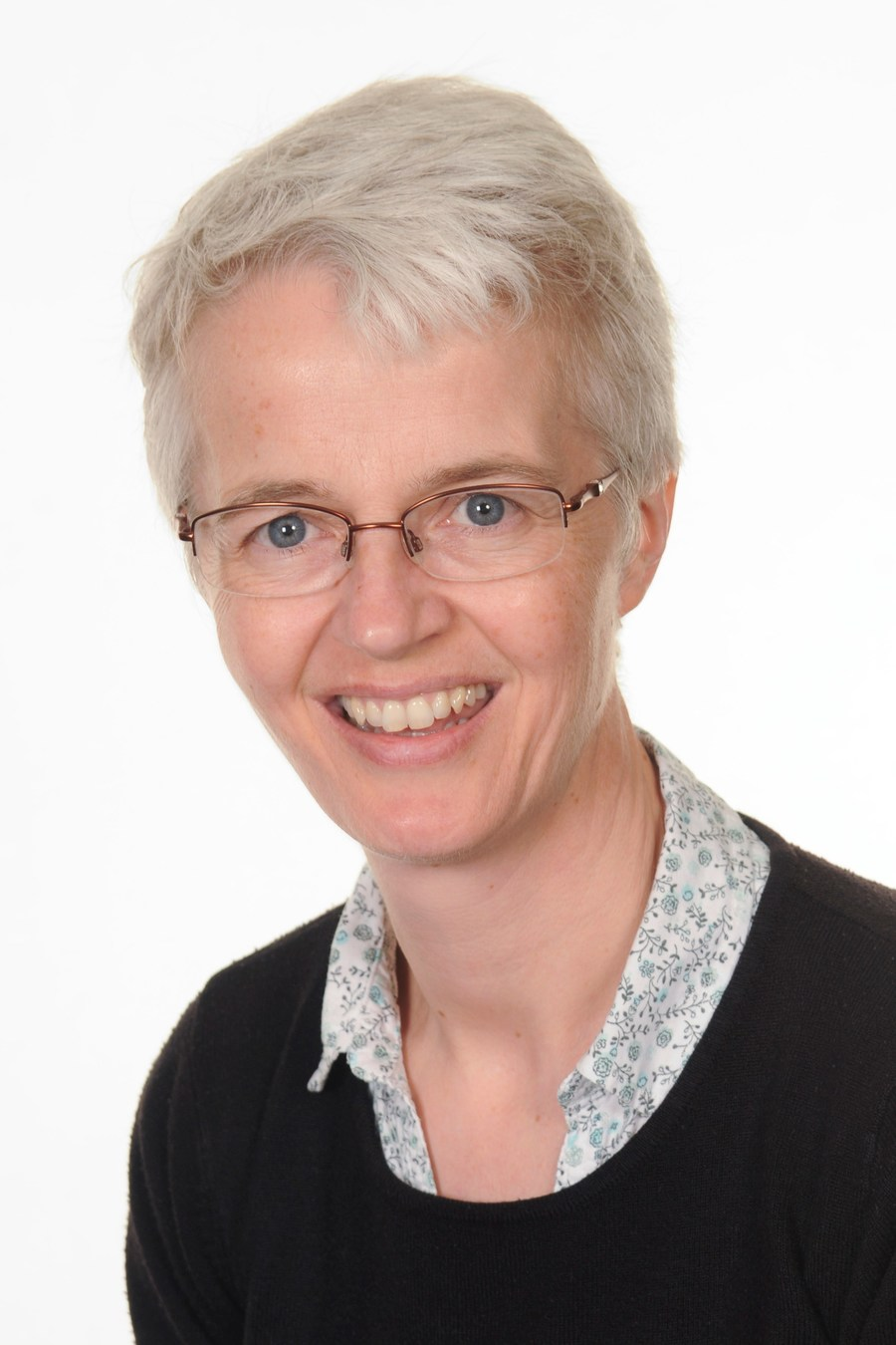Catherine Edge BEd (Hons); Teacher / Head of Centre / SLT