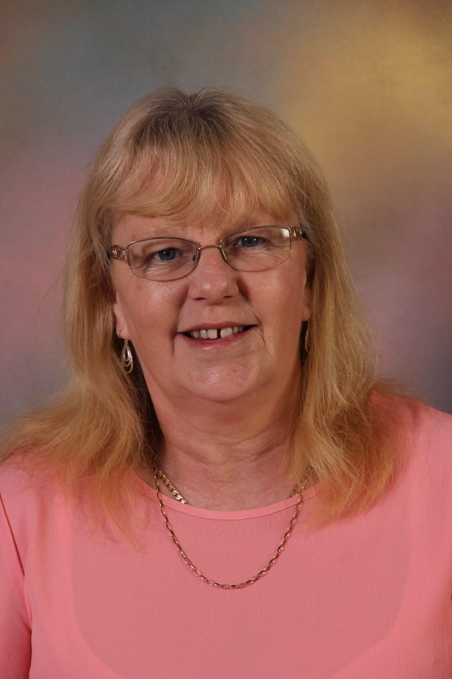 Mrs L Shaw