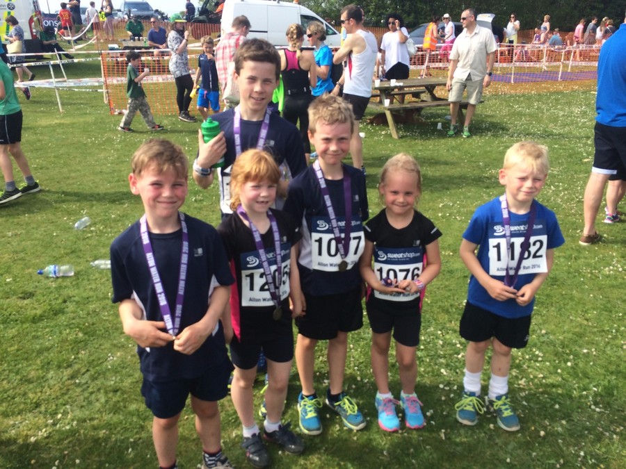 Alton Water 2k Fun Run May 2016. Oliver Hitchcock continued his winning streak and came in joint first position with an amazing time of 8.11! Oskar and Freja Everett, Luke and Alex Hyde and Lottie Hitchcock all ran their socks off and got a well-deserved medal.