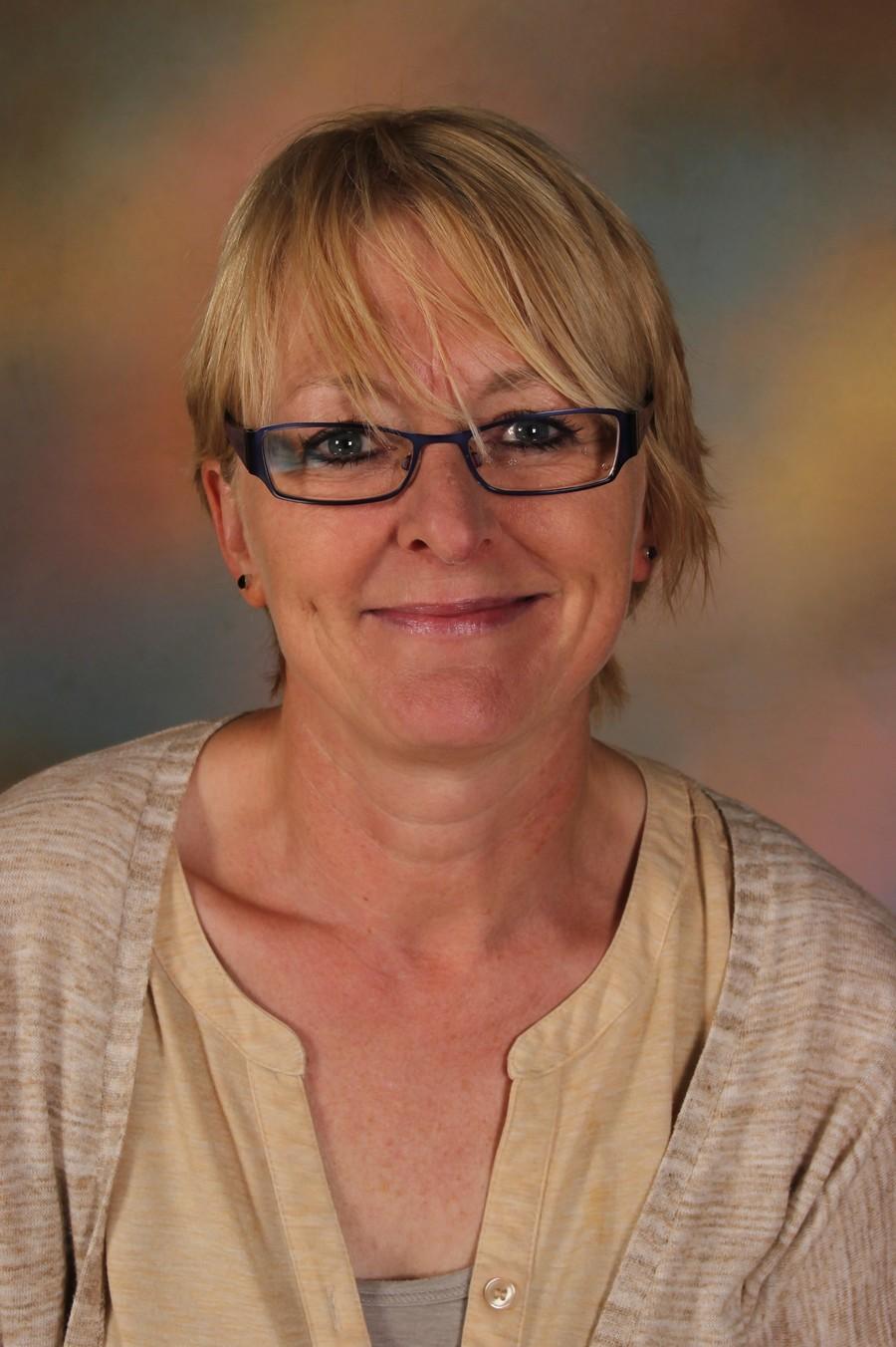 Mrs S Carey