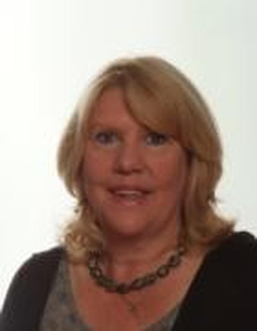 Mrs Ellis,Teaching Assistant