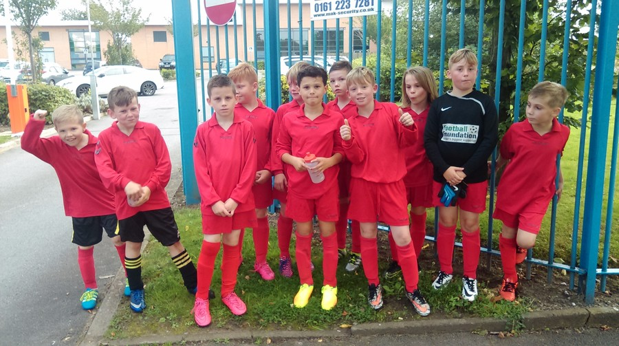 Congratulations to our year 4/5 Football team with a great 5-0 win away at Hollin. Well done to both teams.