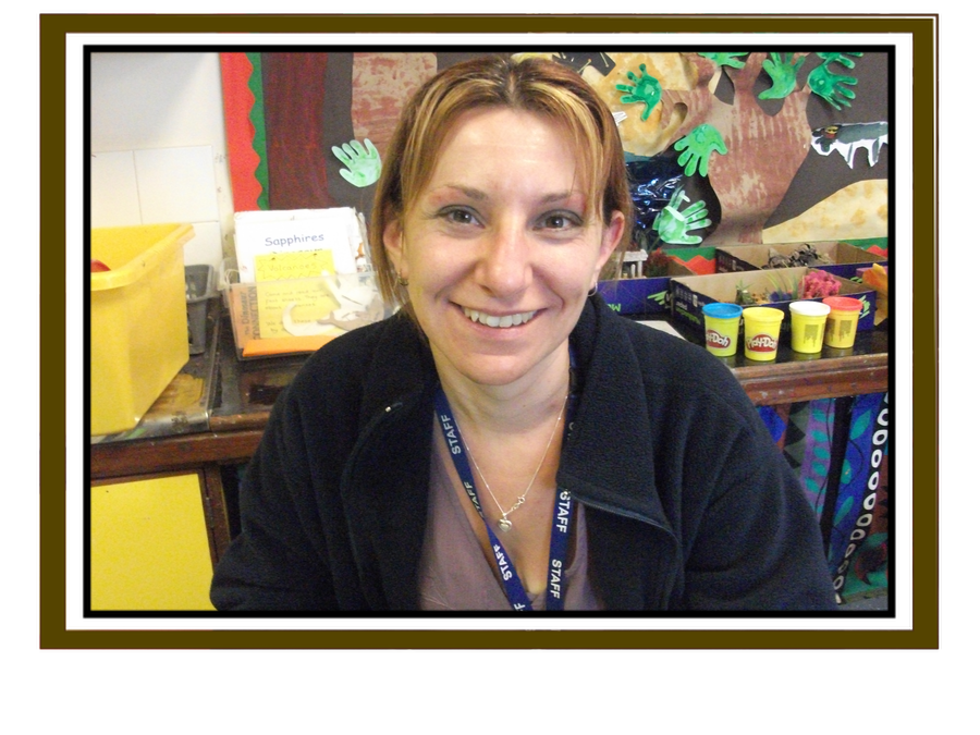 Mrs Nash - Reception teacher, EYFS & History co-ordinator
