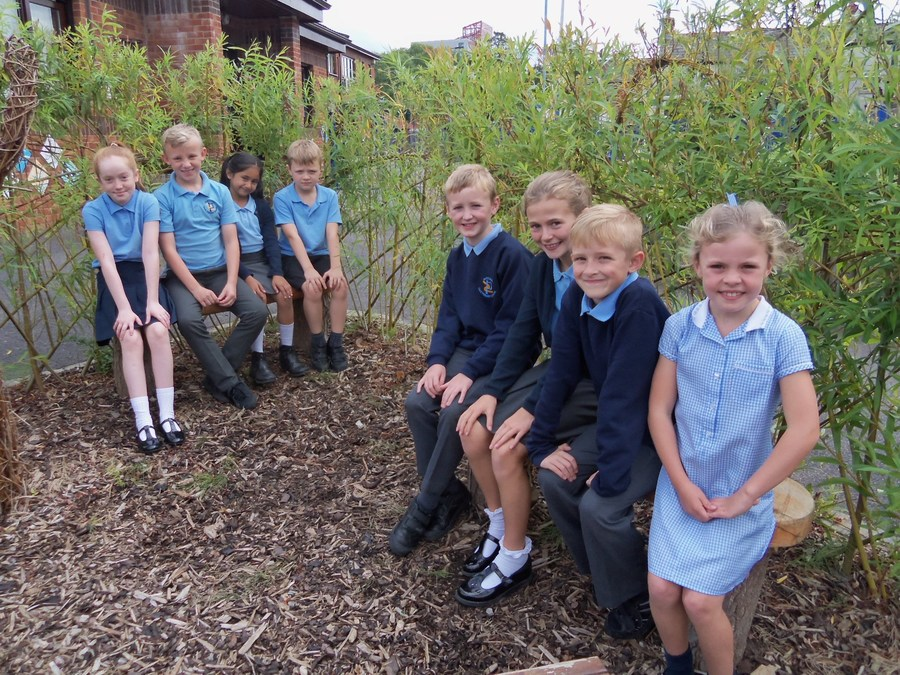 Evie and Harley Y6, Maariya and Riley Y3, Joel and Maisy Y5, Lucas and Darcy Y4
